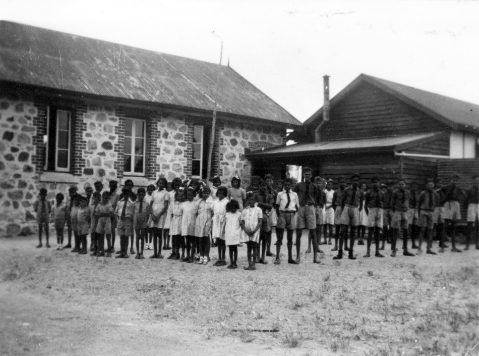 The boys and girls of Carrolup outside their school classrooms. Photographer: Noel White in 1948/49. Noel & Lily White Collection.